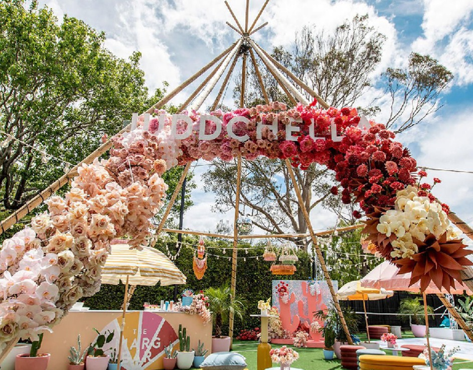 Trending floral décor ideas for this summer